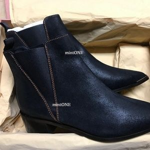 NIB Acne Studios Jensen black suede boots size 38